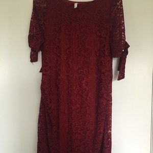 Maroon lace maternity dress